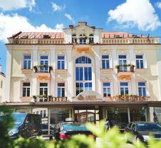 艺术中心酒店
