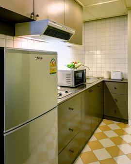 曼谷城堡酒店 - 曼谷 - 厨房