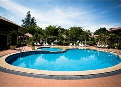邦咯岛沙滩度假村 - 邦咯 - 游泳池
