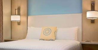 夏洛特索尼斯塔 ES 套房酒店 - 夏洛特 - 睡房