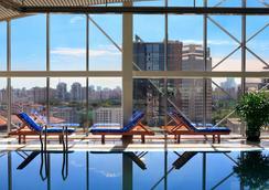 北京燕莎中心凯宾斯基饭店 - 北京 - 游泳池