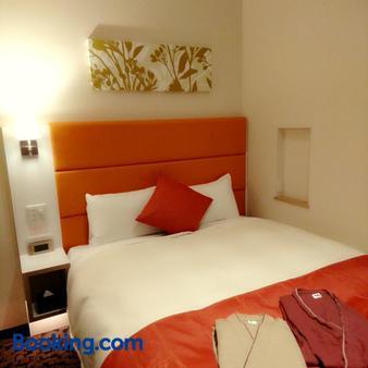 千岁市皇后酒店 - 千岁 - 睡房