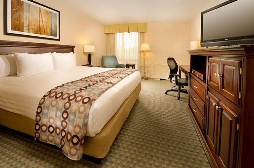 堪萨斯城体育场德鲁里套房酒店 - 堪萨斯城 - 堪萨斯城 - 睡房