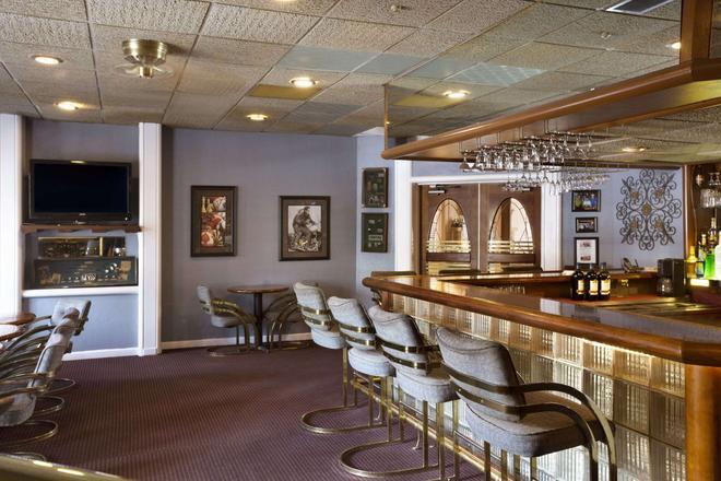 劳顿戴斯酒店 - 劳顿 - 酒吧