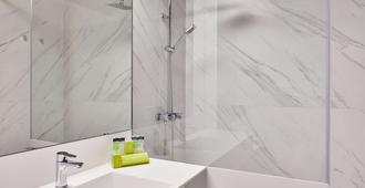 阿拉贡斯肯瑞诺酒店 - 萨拉戈萨 - 浴室