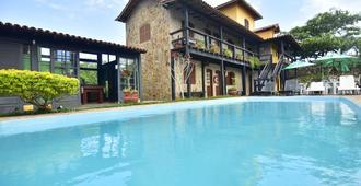 坦图玛酒店 - 阿拉亚尔-杜卡布 - 游泳池