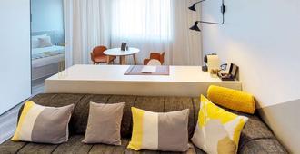 卢森堡诺富特套房酒店 - 卢森堡 - 客厅
