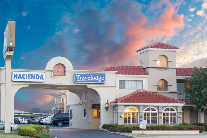 哥斯大米萨温德姆旅游旅馆-纽波特比奇哈西恩德 - 科斯塔梅萨 - 建筑
