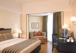 马林德莱夫港威酒店 - 科钦 - 睡房