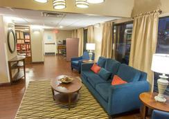 凯富酒店 - 哈蒙德(路易斯安那州) - 大厅