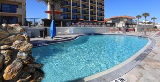 热带太阳大楼酒店 - 首都假日 - 奥蒙德海滩 - 游泳池