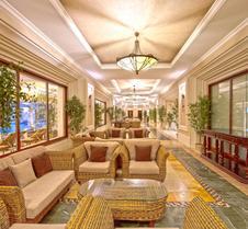 里克瑟斯阿拉木图酒店