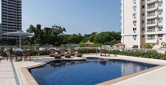 里约华美达酒店 - 里约热内卢 - 游泳池