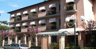 阿斯特维多利亚酒店 - 马尔米堡 - 建筑