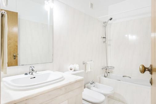 雅尔丁做勒沃公寓式酒店 - 波尔蒂芒 - 浴室