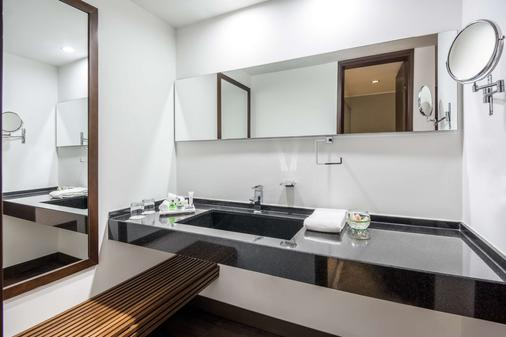 波哥大安蒂诺皇家精选nh酒店 - 波哥大 - 浴室