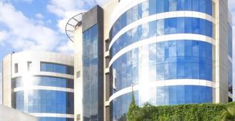 孟买半岛大酒店 - 孟买 - 建筑