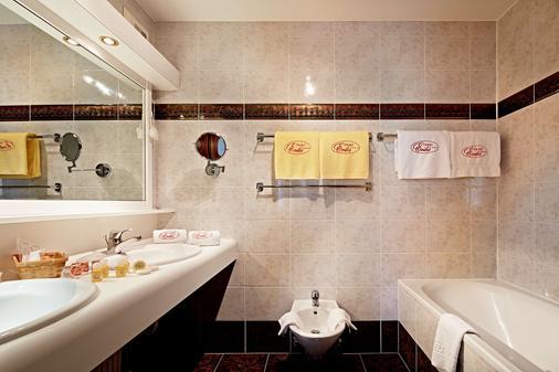 埃里卡酒店 - 基茨比厄尔 - 浴室