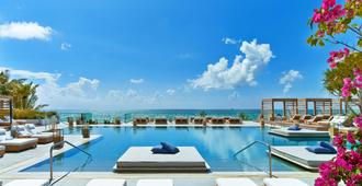 南海滩1号酒店 - 迈阿密海滩 - 游泳池