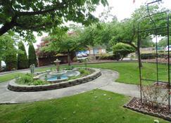 曼雷萨城堡酒店 - 汤森港 - 户外景观