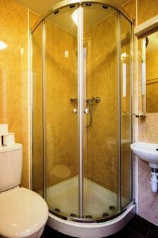 伦敦海豚酒店 - 伦敦 - 浴室