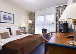 威斯马花园温德姆酒店 - 维斯马 - 睡房