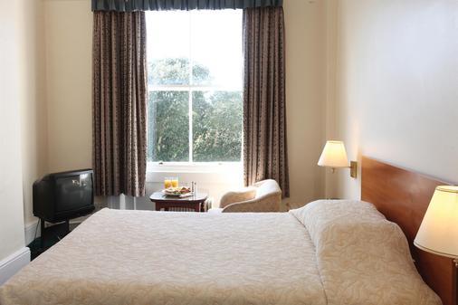 贝斯特韦斯特克利夫顿酒店 - 福克斯通 - 睡房
