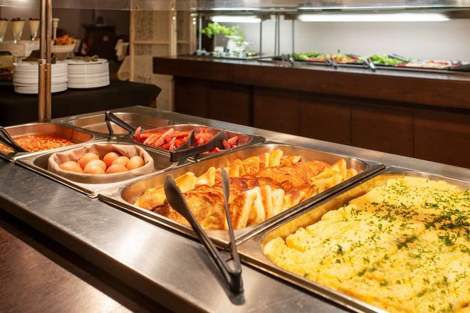 克莱佩达艾伯顿酒店 - 克莱佩达 - 自助餐
