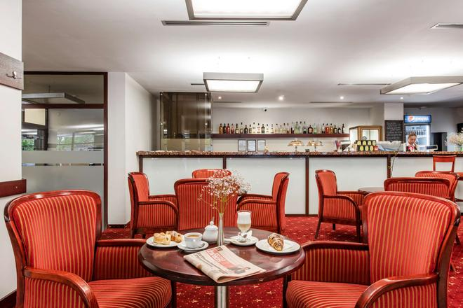 克莱佩达艾伯顿酒店 - 克莱佩达 - 酒吧