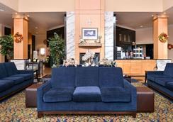 机场凯富套房酒店 - 塔奇拉 - 大厅