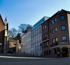 新戴姆希尔酒店