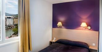 大陆酒店 - 卢尔德 - 睡房