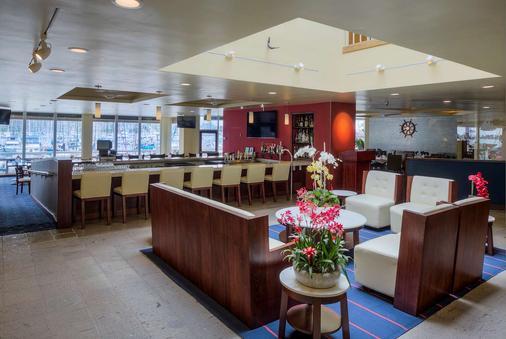 海湾俱乐部酒店和码头 - 圣地亚哥 - 酒吧