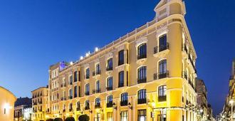 隆达加泰罗尼亚酒店 - 隆达 - 建筑