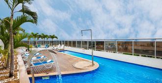 蓝树普利姆酒店 - 马瑙斯 - 游泳池