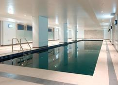 最佳西方亚特兰蒂斯酒店 - 墨尔本 - 游泳池