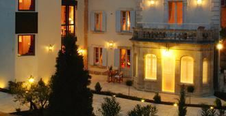 克洛斯拉波埃蒂酒店及水疗中心 - 萨尔拉拉卡内达 - 建筑