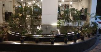 新德里居卡索旅馆 - 新德里 - 户外景观