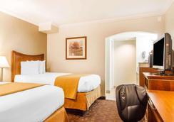 萨克拉门托会议中心凯艺酒店 - 萨克拉门托 - 睡房