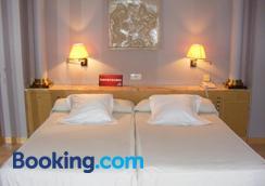 塞萨奥古斯塔酒店 - 萨拉戈萨 - 睡房