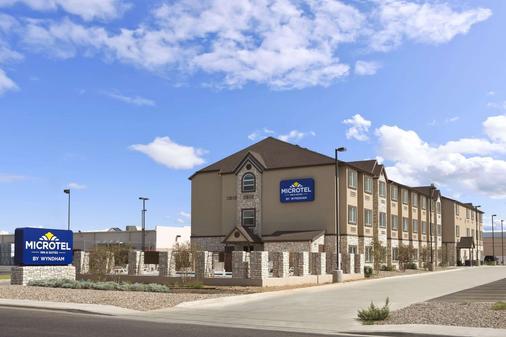 得克萨斯州敖德萨温德姆麦克罗迪尔套房酒店 - 奥德萨 - 建筑