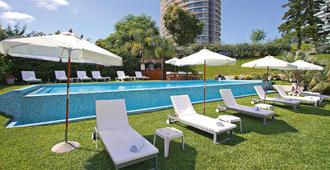 斯赛精品酒店 - 埃斯特角城 - 游泳池