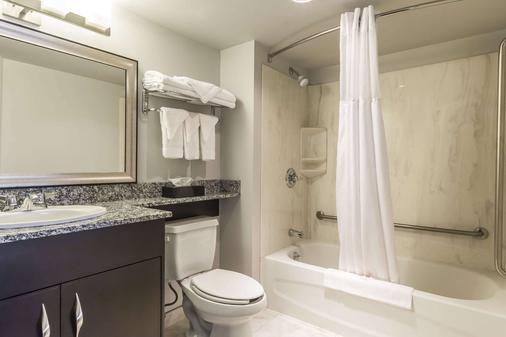 穆斯乔康福特茵酒店及套房 - 穆斯乔 - 浴室