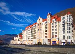 金色郁金香罗莎库托尔度假酒店 - 卡拉斯拉雅波利亚纳 - 建筑