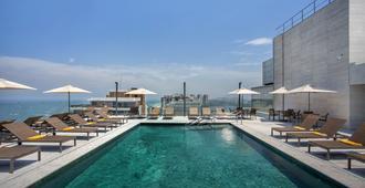 马拉蓬迪温莎酒店 - 里约热内卢 - 游泳池
