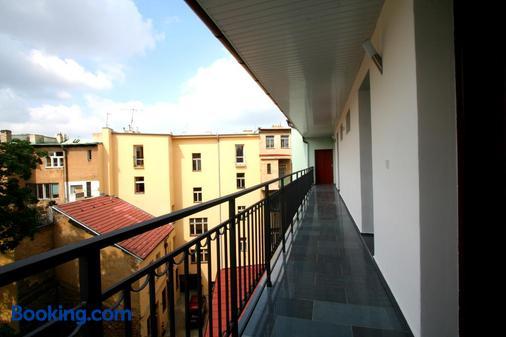 苏萨公寓式酒店 - 布拉格 - 阳台