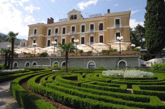 奥帕狄亚酒店 - 奥帕提亚 - 建筑
