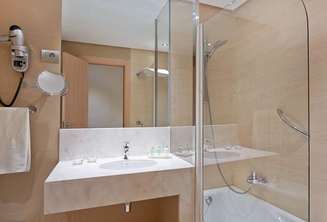 新罕布什尔州德乌斯托酒店 - 毕尔巴鄂 - 浴室