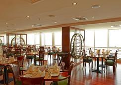 沙尔迦金郁金香住宅式公寓 - 沙迦 - 餐馆