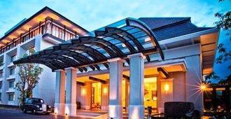 玛琅哈里斯会议酒店 - 玛琅